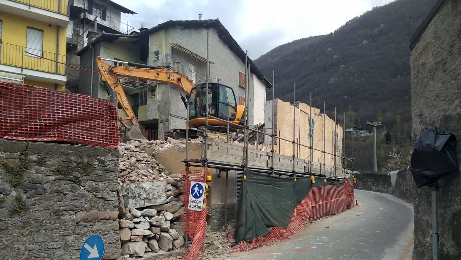 Sp 47 strettoia pont CANAVESE-2