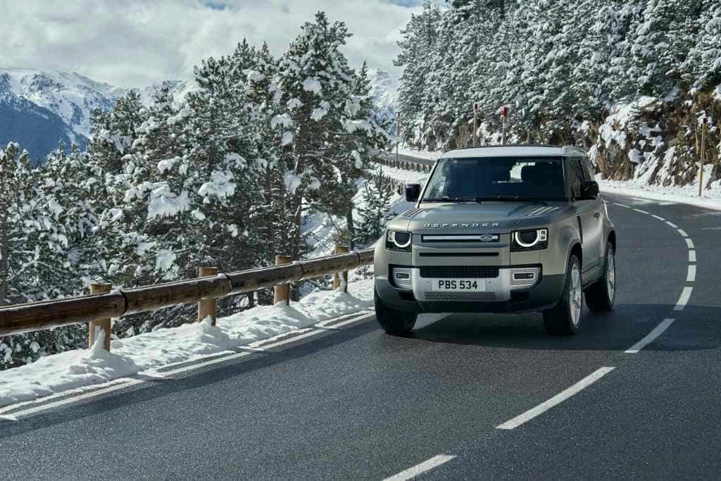 Defender_90_Land_Rover_Official-2