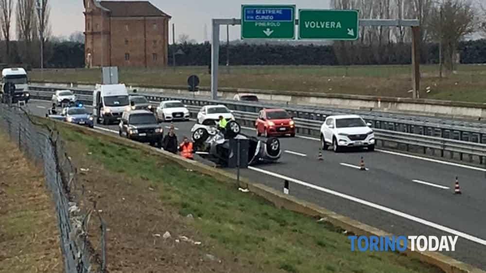 Incidente Volvera Fiat Bravo Torino Pinerolo 1-2