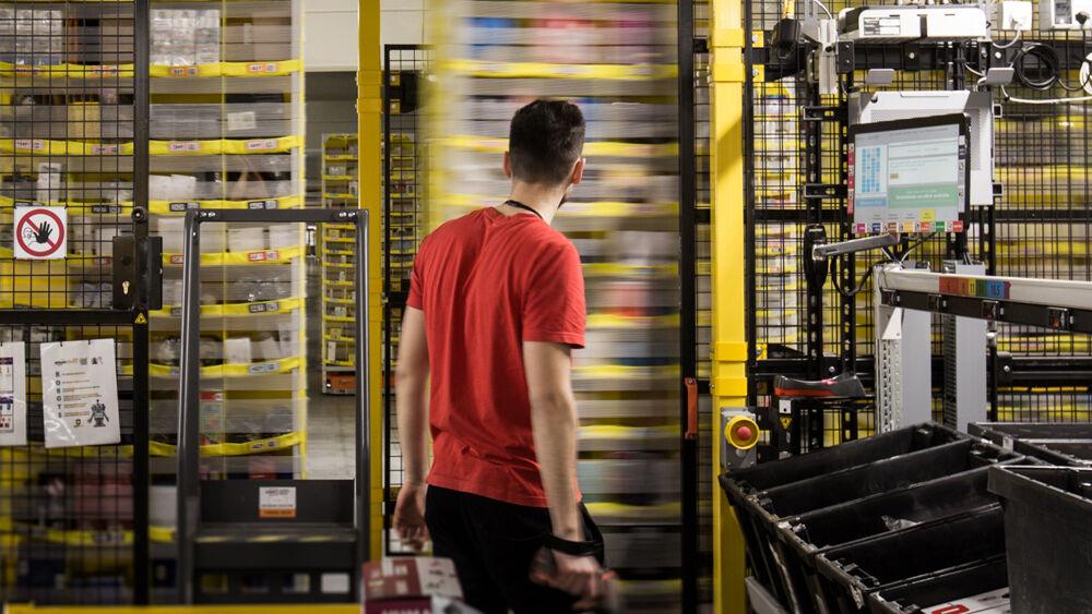 Offerte di lavoro Amazon a Torino, Grugliasco e Torrazza Piemonte: le posizioni aperte