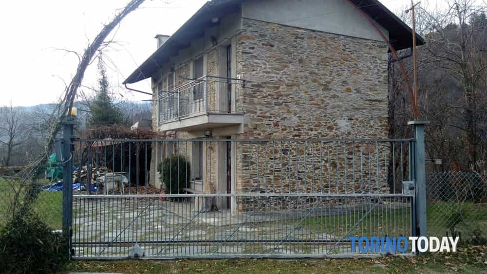 Pinerolo Abitazione Alberto Dellacroce via Priolo-2