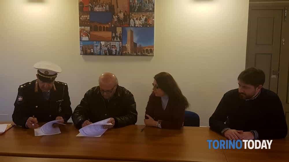 Leini firma convenzione sicurezza Municipale Associazione Carabinieri-2