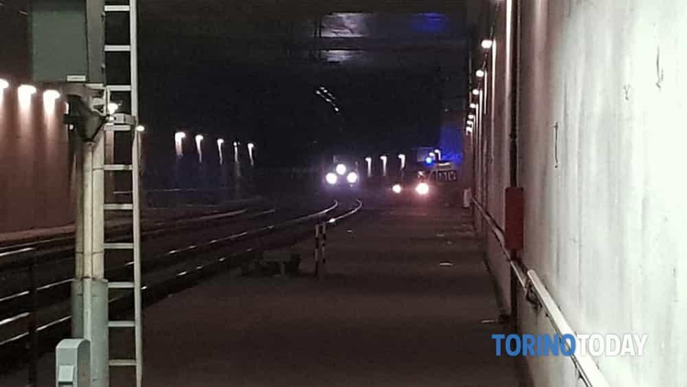 Tentato suicidio Porta Susa Frecciarossa Napoli Torino 26 ottobre 2018 1-2