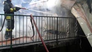 incendio-chalet-perinera-usseglio-170502-1-2