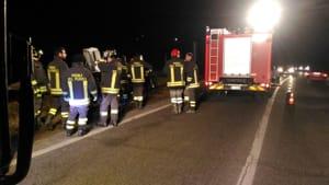 incidente-auto-ribaltata-bricherasio-stradale-san-secondo-170201 (1)-2