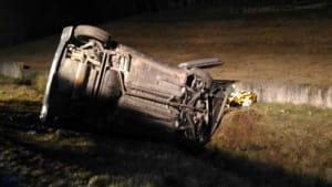 incidente-auto-ribaltata-bricherasio-stradale-san-secondo-170201 (3)-2