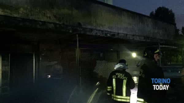 Piscina Colletta, scoppia un incendio in un locale-deposito
