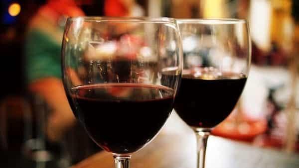 """""""Senza etichetta"""", il vino libero al Molo di Lilith"""