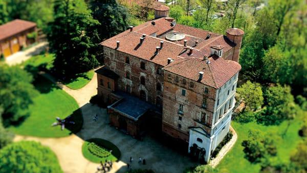 """""""Aristopulci"""", il mercatino degli oggetti antichi al Castello di Pralormo"""