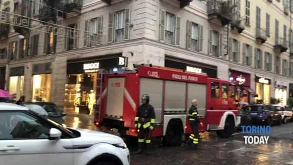Fumata dal ristorante fa scattare l'allarme incendio, arrivano i vigili del fuoco