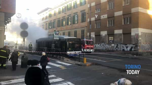 autobus incendio via Cibrario (1)-2