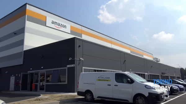 Amazon, nuova apertura: 150 posti di lavoro e una giornata per presentare il curriculum