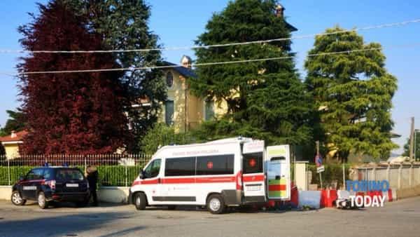Castellamonte  incidente ambulanza carabinieri moto