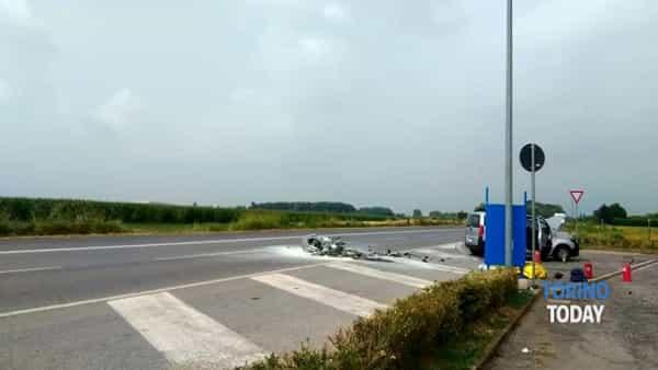 Piossasco incidente mortale furgone moto (1)-2