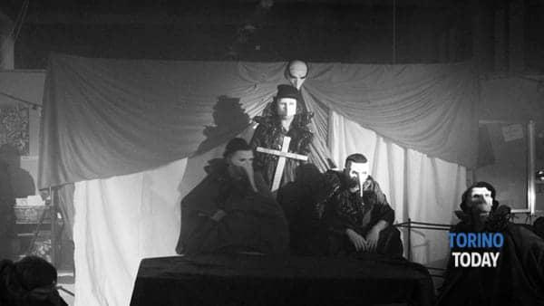 """""""L'isola che c'è"""", spettacolo teatrale ai Bagni Pubblici di via Agliè"""