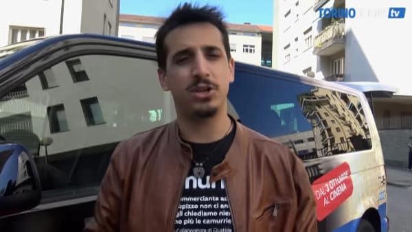 L'incursione del famoso attore comico al Politecnico: gli studenti hanno dato i voti ai professori
