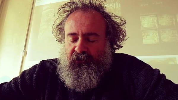 """Matteo Saudino con """"La filosofia non è una barba"""" all'Off Topic"""