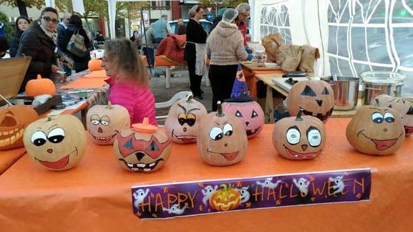 """""""Zucche in festa"""", Halloween a La Loggia si festeggia in piazza"""