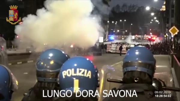 Scontri tra anarchici e forze dell'ordine: tre arresti e altri 34 indagati