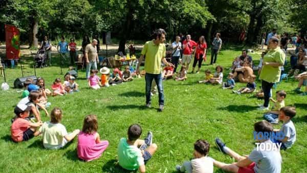 al castello di pralormo la festa di primavera  con il picnic solidale di fondazione paideia-4