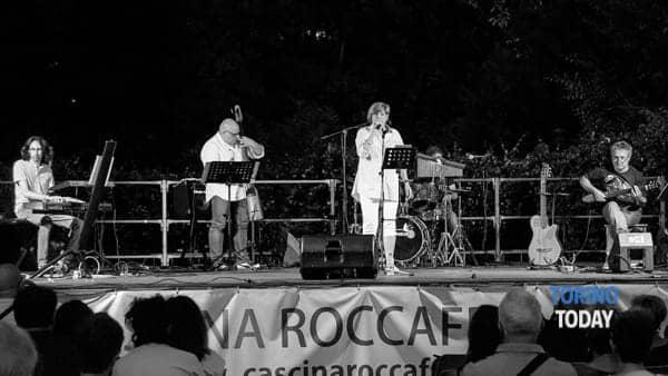 Le melodie di Pino Daniele con i Sonamò al GV Pane & Caffè