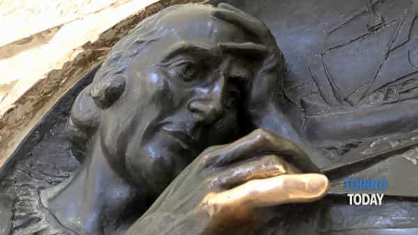 Cosa vedere a Torino: il mignolino di Cristoforo Colombo per accaparrarsi un po' di fortuna