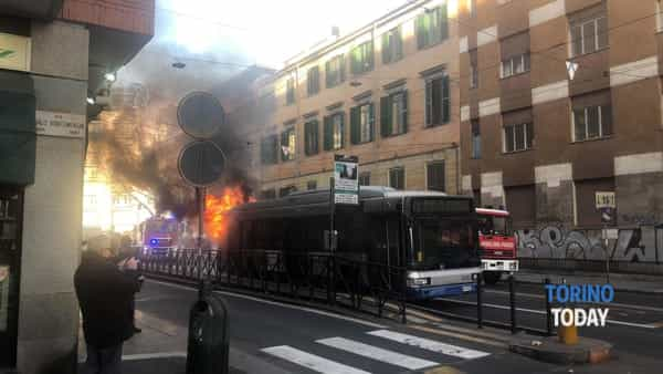 autobus incendio via Cibrario (2)-2