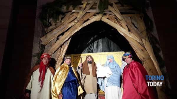 """un """"presepe vivente"""" tutto nuovo a grugliasco: """"gente allamano"""" presenta il suo evento natalizio -3"""