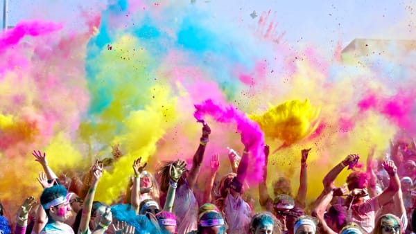 A Bardonecchia va in scena la Holi Splash Color Run