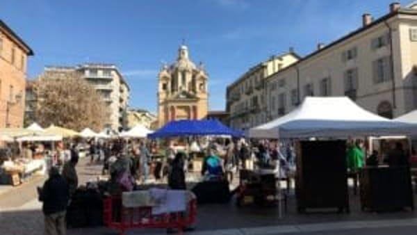 Mercatino dell'antiquariato e del vintage a Chieri