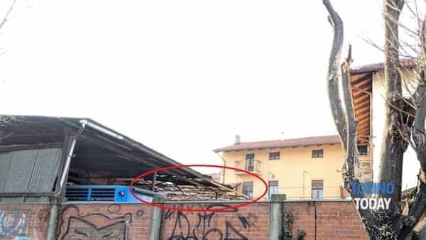 Piossasco via Trento uomo caduto da tetto (1)-2