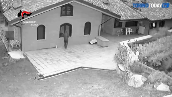 Furti in villa, spranghe e coltelli per introdursi nelle abitazioni: una decina di arresti