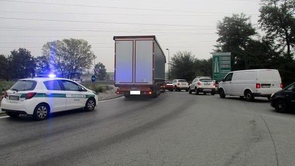 Incidente viale Torino nella frazione di Stupinigi a Nichelino (1)-2