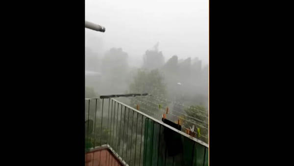 Chieri sotto il nubifragio, le immagini del violento Downburst: il video