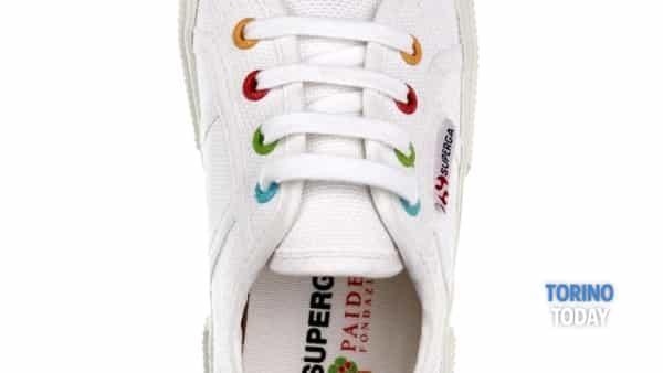 alla bottega paideia arriva la sneaker solidale per fondazione paideia -3