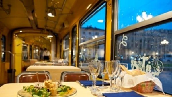 San Valentino 2020: aperitivo e cena a bordo dei tram storici