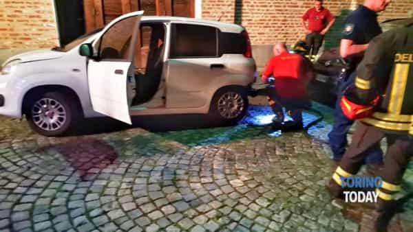 incendio auto Venaria 7 giugno 2019-2