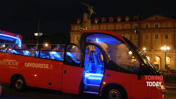 Torino magica cabrio, sempre più turisti in città per l'estate