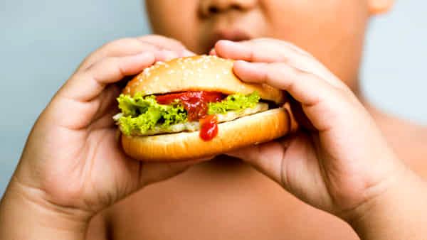 come perdere peso mentre si continua a mangiare fast food