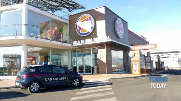 caselle torinese tentato furto burger king (3)-3