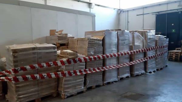 sequestro sacchetti alimenti non biodegradabili mercato porta palazzo (4)-2