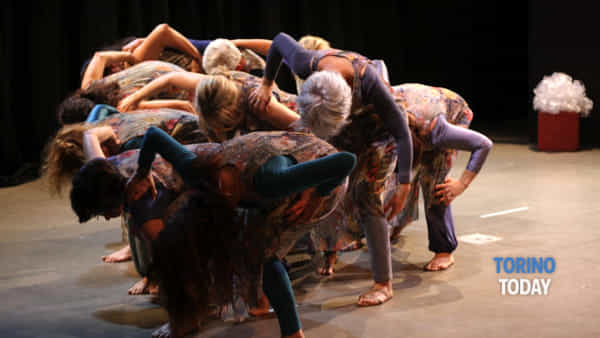 """""""Ma le rose...no"""", teatro danza al Vittoria"""