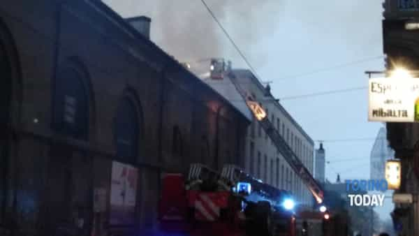incendio-cavallerizza-via-rossini-191021-10