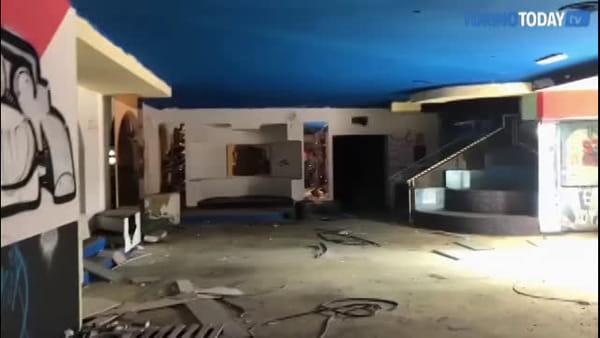 Il degrado dell'Ultimo Impero: con la telecamera dentro quella che è stata la discoteca più grande d'Europa