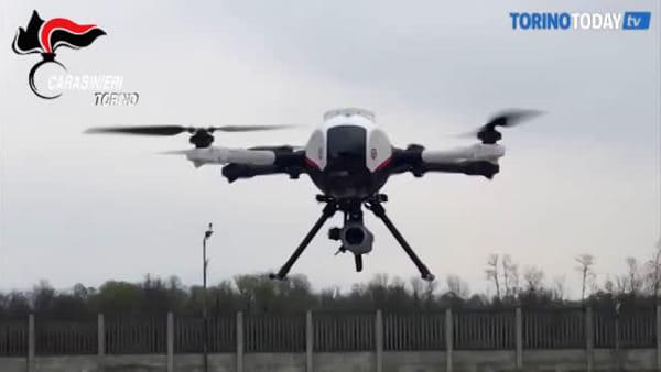 Droni in volo sulla città per monitorare eventuali assembramenti: vigileranno sulle aree verdi