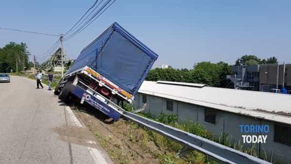 Feletto camion bilico guardrail (3)-2