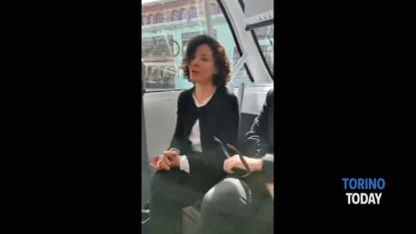 Il Comune lancia il van a guida autonoma, come funziona e come potrebbe essere utilizzato: video