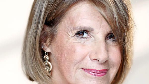 """""""Questioni di cuore"""", Lella Costa al Teatro Gobetti è spostato al 4 aprile"""