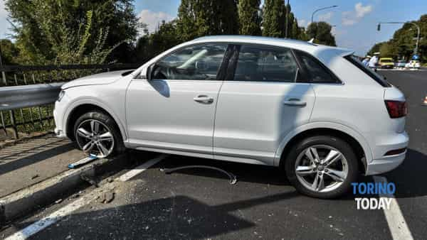 incidente-smart-audi-q3-via-agudio-via-solaroli-briona-170907 (2)