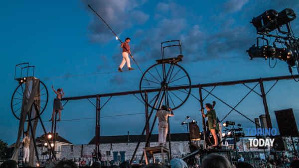 al via lunathica 2019 tra musica, clown, circo e arte di strada-2